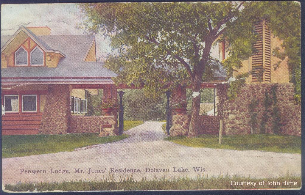 Gate Lodge Entrance: Postcard Courtesy of John Hime