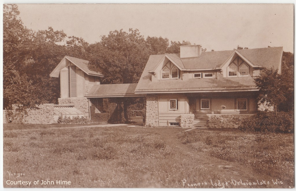 Gate Lodge: Postcard Courtesy of John Hime